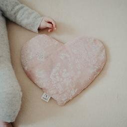 Bouillotte coeur fleurs rose nacrées